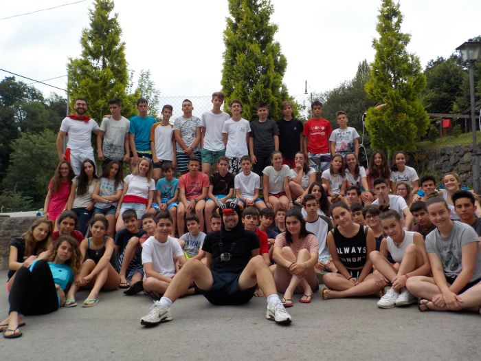 Niños campamento en Asturias