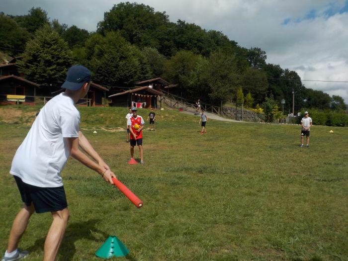 baseball en el campamento