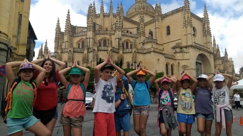 Segovia visita campamento