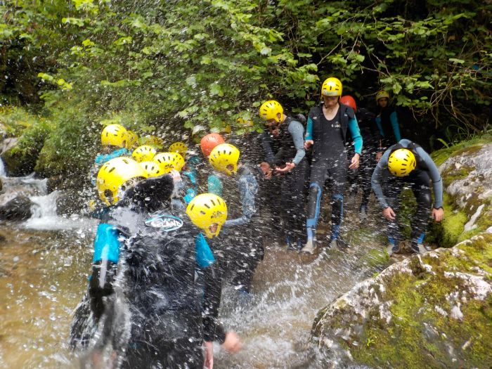 Barranquismo campamento Multiaventura en Asturias