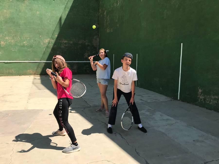 deportes en el frontón