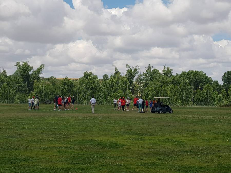 campo de golf en el campamento