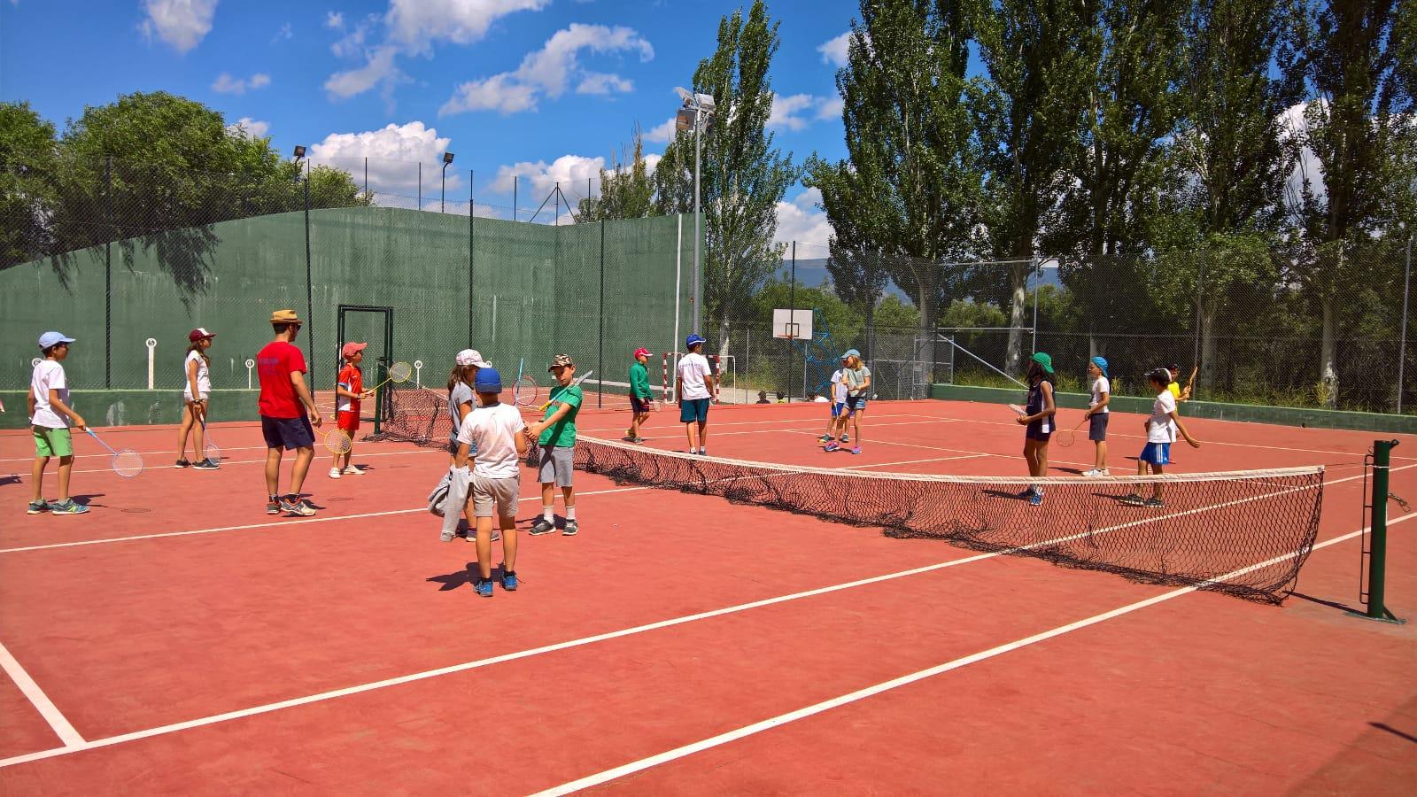 Deportes en campamento de Madrid