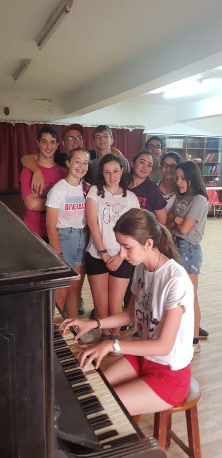 piano en el campamento de Salamanca