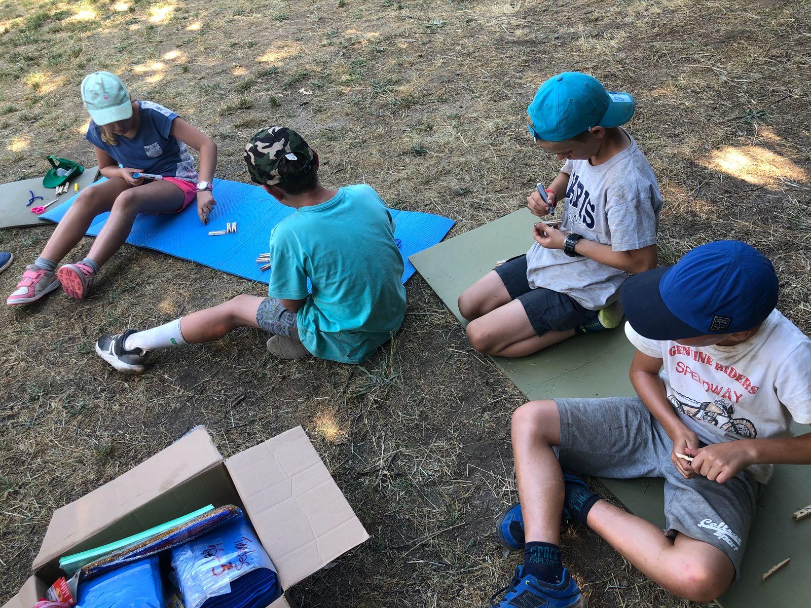 manualidades campamento de verano