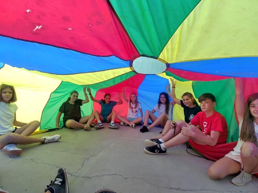 paracaidas en campamento inglés Salamanca