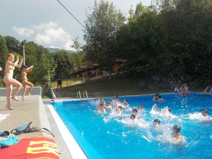 aquagym en campamento Asturias