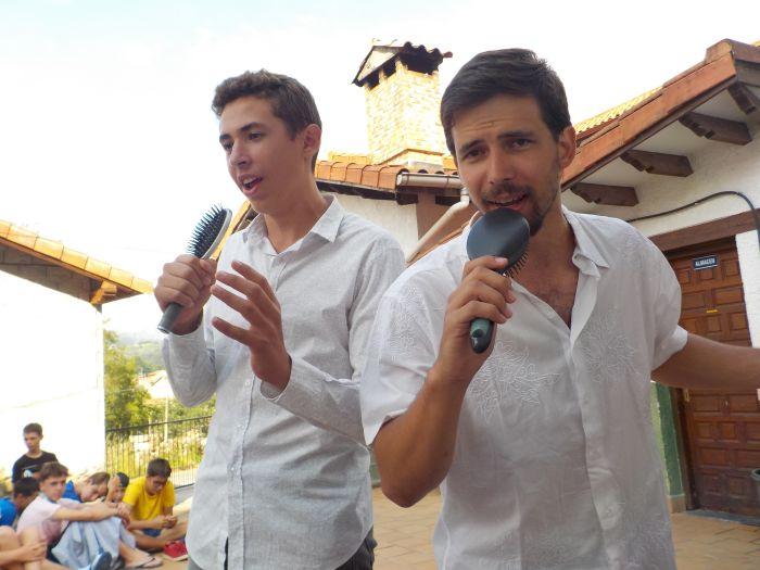 cantando en Asturias