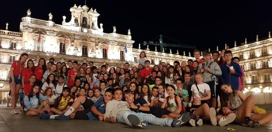 todos unidos disfrutando de Salamanca