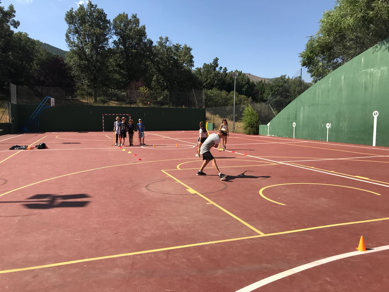 Hockey campamento de verano en Madrid