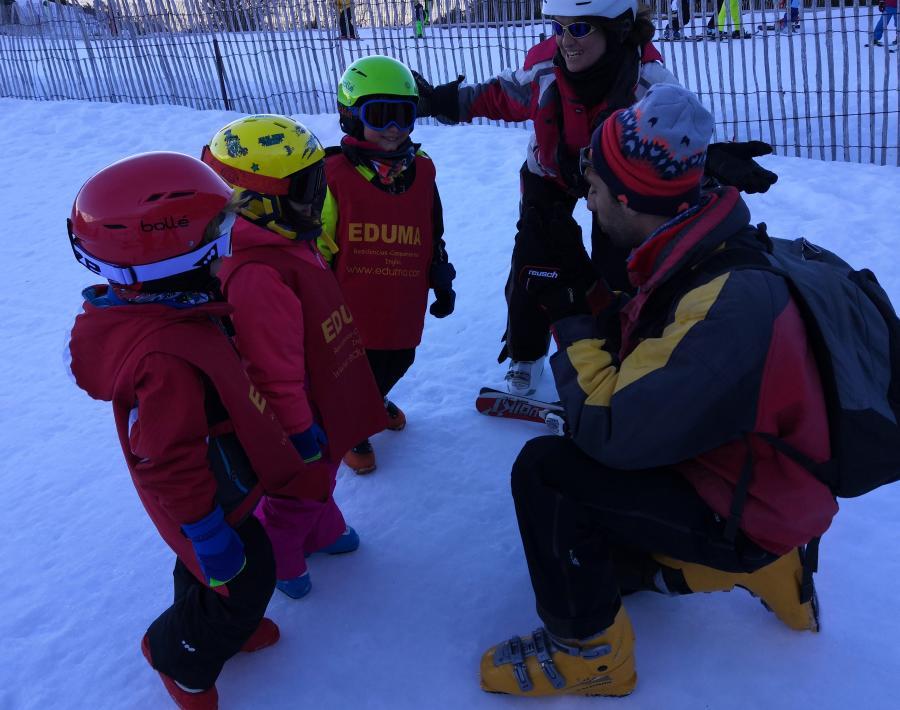 clases de esqui pequeños
