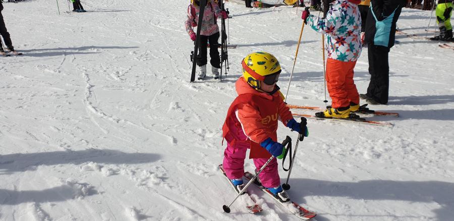 clases de esqui nilños Pinilla Valdesqui
