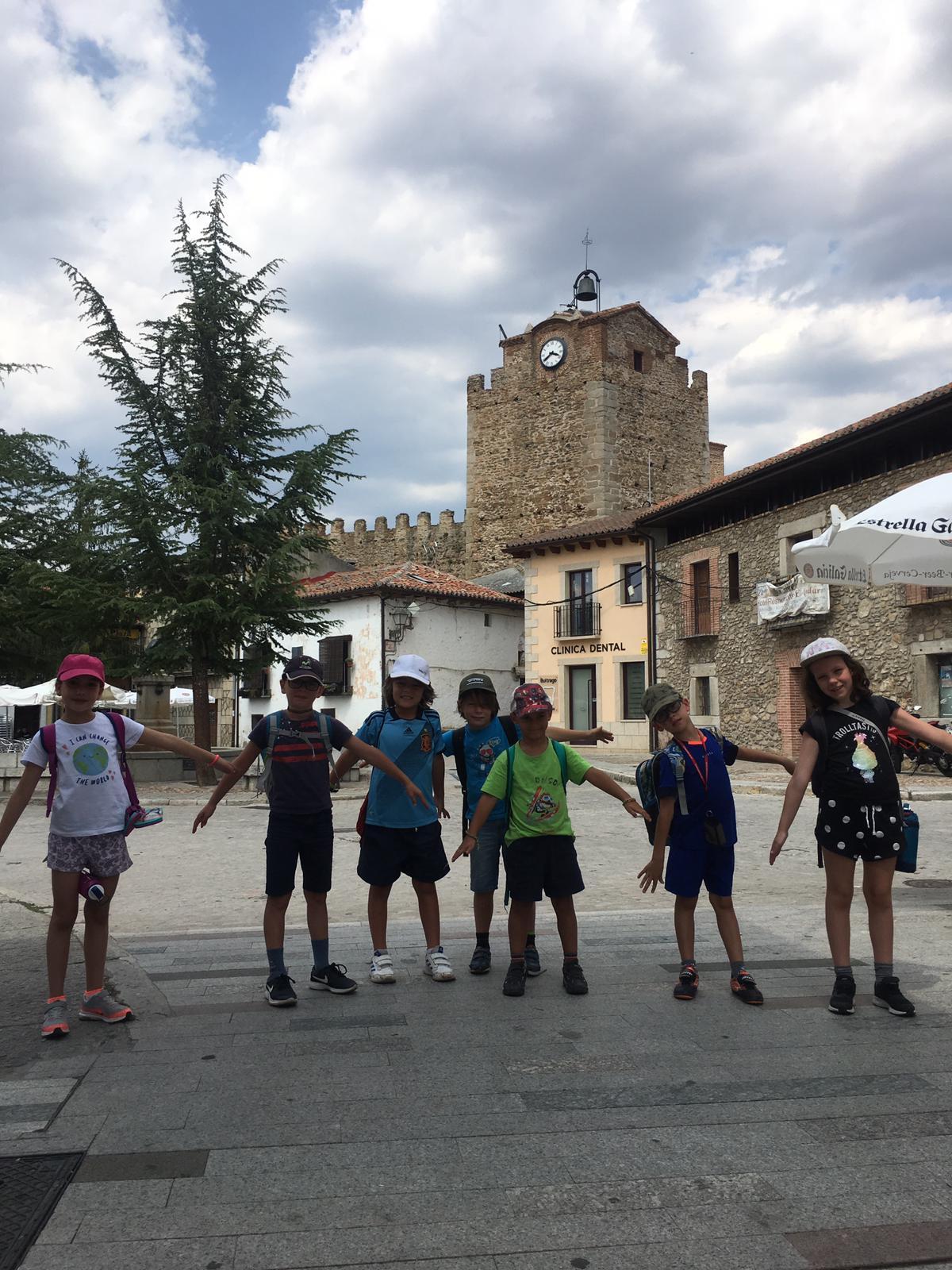 Visita a Buitrago de Lozoya. Campamento julio