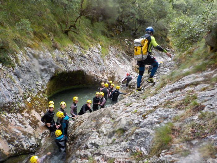 Barranquismo. Diario campamento multiaventura Asturias 2019