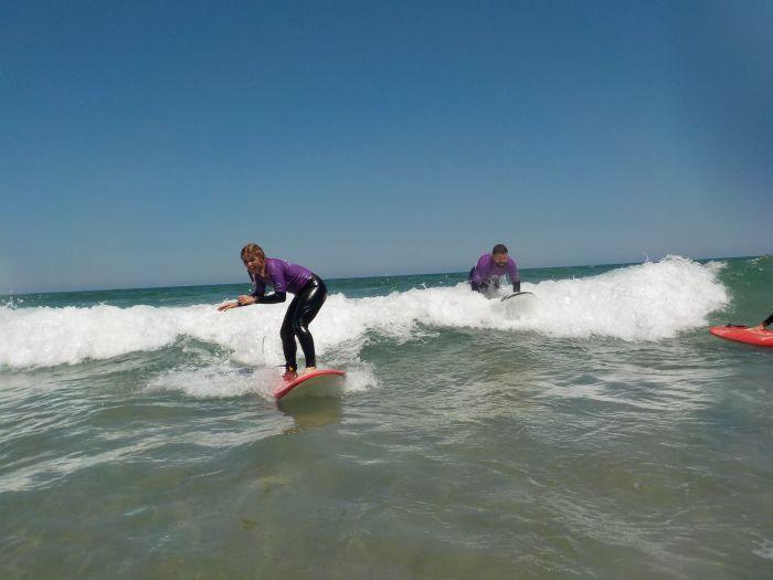 aprender a hacer surf en asturias