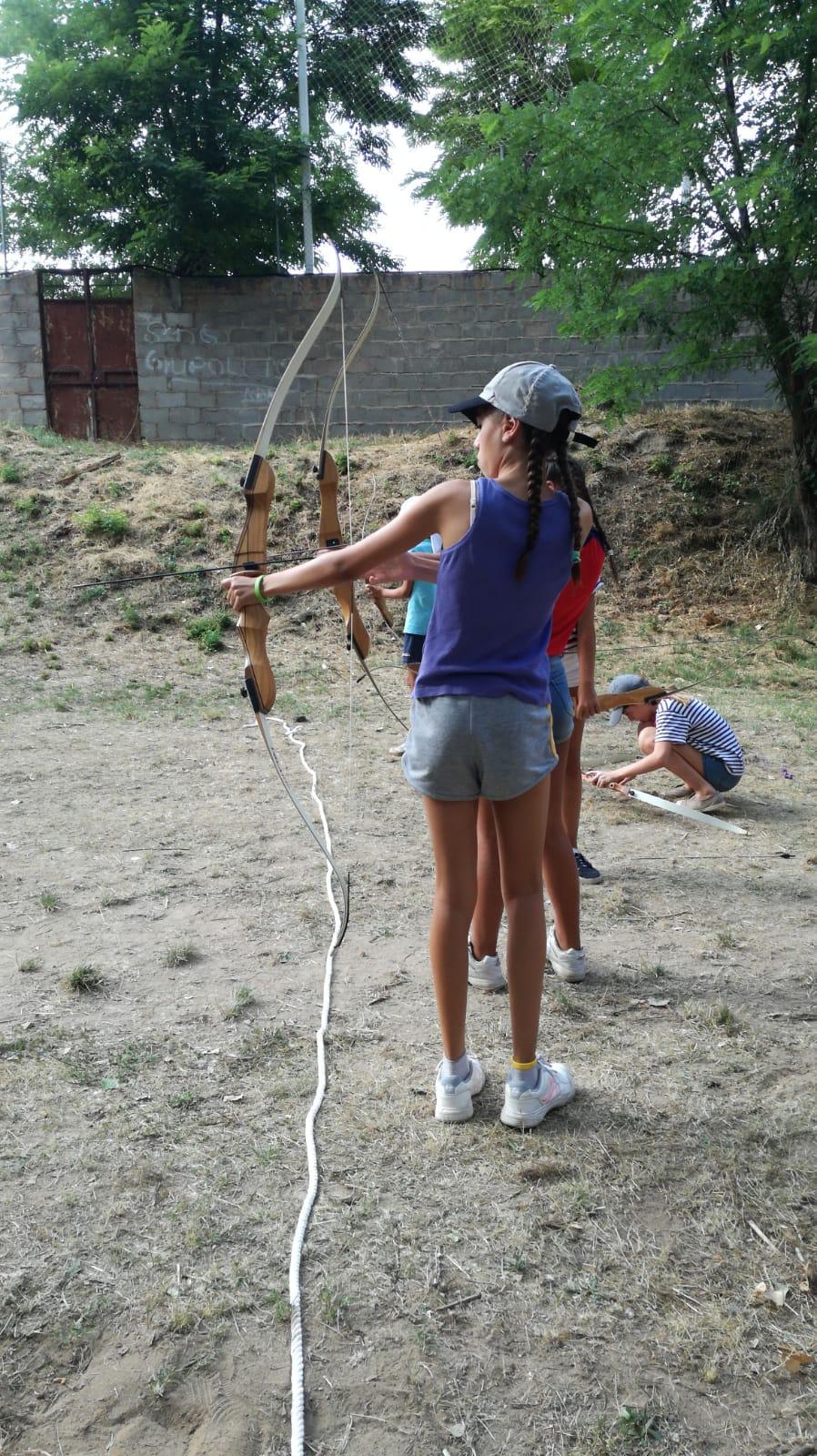Tiro con arco. Campamento de verano julio