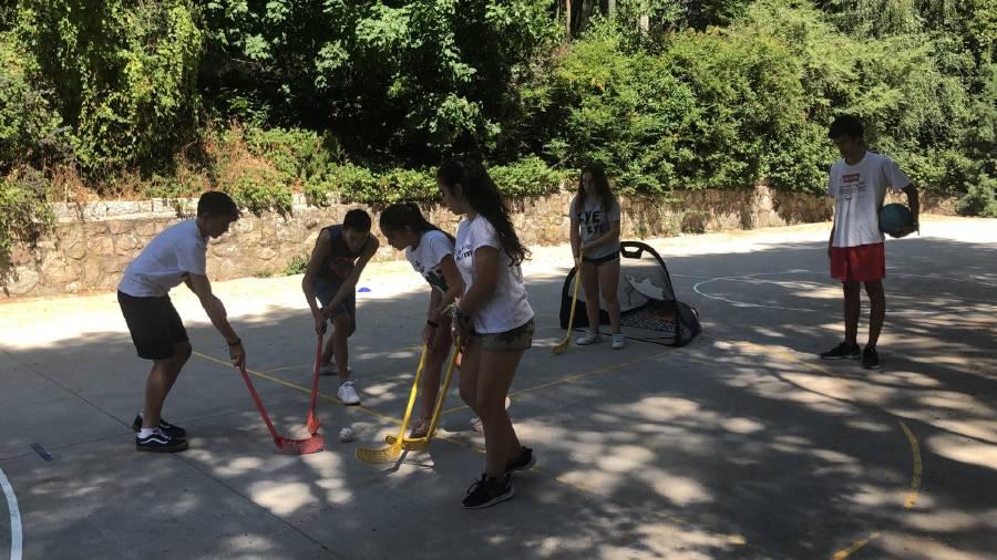 Hockey Campamento de verano Madrid Sierra Guadarrama