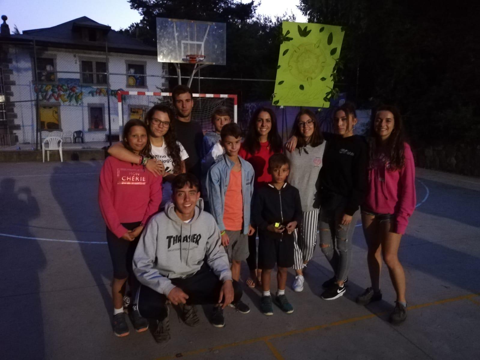Grupo de niños. Campamento de verano Madrid Sierra Guadarrama