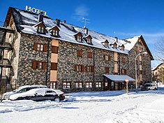 Hotel sno Curso esqui reyes pirineos. Viajes a la nieve en curso de esqui.