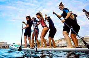 King Sup. Paddle colectivo en el campamento náutico en Murcia verano