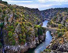 Excursión Presa del Villar. Agosto acampada en Madrid.