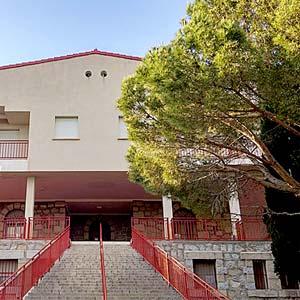 Campamento de verano en madrid. Guadarrama. Residencia. Recomendado y de confianza para niños pequeños.