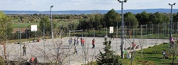 Instalaciones deportivas de la colonia de verano y campamento en Toledo cerca de madrid