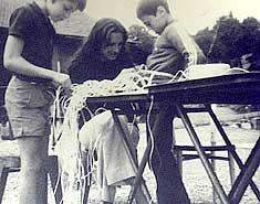 Maricarmen. Eduma. Historia primeros campamentos y colonias verano. Orígenes
