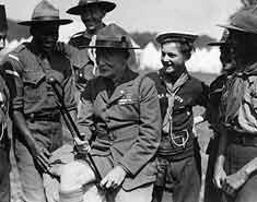 Baden Powell en los primeros campamentos de verano. Historia y orígenes.