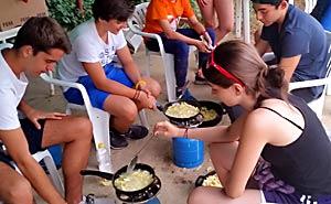 Supervivencia. Cocinando en el campamento.